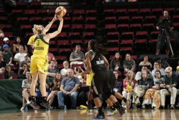 SEATTLE, WA - MAY 26: Sami Whitcomb #3 of the Seattle Storm shoots the ball against the New York Liberty on May 26, 2017 at Key Arena in Seattle, Washington. NOTE TO USER: User expressly acknowledges and agrees that, by downloading and/or using this Photograph, user is consenting to the terms and conditions of Getty Images License Agreement. Mandatory Copyright Notice: Copyright 2017 NBAE (Photo by Joshua Huston/NBAE via Getty Images)