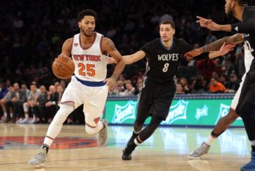Dec 2, 2016; New York, NY, USA; New York Knicks point guard Derrick Rose (25) controls the ball against Minnesota Timberwolves point guard Zach LaVine (8) during the third quarter at Madison Square Garden. Mandatory Credit: Brad Penner-USA TODAY Sports
