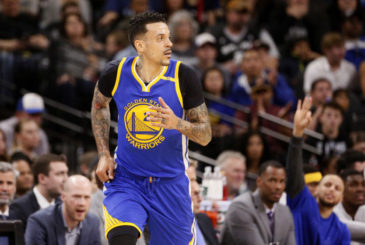 Mar 11, 2017; San Antonio, TX, USA; Golden State Warriors small forward Matt Barnes (22) reacts after a shot during the first half against the San Antonio Spurs at AT&T Center. Mandatory Credit: Soobum Im-USA TODAY Sports