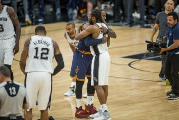 SAN ANTONIO, TX - MARCH 27:  LeBron James #23 of the Cleveland Cavaliers hugs Kawhi Leonard #2 of the San Antonio Spurs during the game between the Cleveland Cavaliers and the San Antonio Spurs on March 27, 2017 at the AT&T Center in San Antonio, Texas. NOTE TO USER: User expressly acknowledges and agrees that, by downloading and or using this photograph, user is consenting to the terms and conditions of the Getty Images License Agreement. Mandatory Copyright Notice: Copyright 2017 NBAE (Photos by Darren Carroll/NBAE via Getty Images)