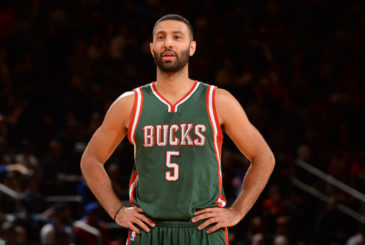 NEW YORK, NY - OCTOBER 20:  Kendall Marshall #5 of the Milwaukee Bucks stands on the court during the game against the New York Knicks on October 20, 2014 at Madison Square Garden in New York City. NOTE TO USER: User expressly acknowledges and agrees that, by downloading and or using this photograph, User is consenting to the terms and conditions of the Getty Images License Agreement. Mandatory Copyright Notice: Copyright 2014 NBAE (Photo by Jesse D. Garrabrant/NBAE via Getty Images)