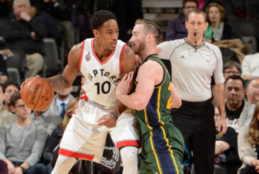 TORONTO, CANADA - MARCH 2:  DeMar DeRozan #10 of the Toronto Raptors handles the ball against Gordon Hayward #20 of the Utah Jazz on March 2, 2016 at the Air Canada Centre in Toronto, Ontario, Canada.  NOTE TO USER: User expressly acknowledges and agrees that, by downloading and or using this Photograph, user is consenting to the terms and conditions of the Getty Images License Agreement.  Mandatory Copyright Notice: Copyright 2016 NBAE  (Photo by Ron Turenne/NBAE via Getty Images)