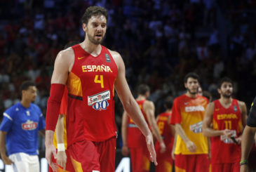 Spain's Pau Gasol leaves the pitch at the end of the basketball World Cup quarter finals match between Spain and France in Madrid, Spain, Wednesday, Sept. 10, 2014. France defeated Spain 65-52.  (AP Photo/Daniel Ochoa de Olza)