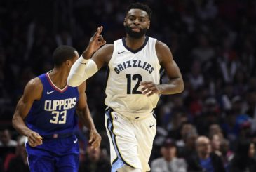 LOS ANGELES, CA - NOVEMBER 4: Tyreke Evans #12 of the Memphis Grizzlies celebrates after scoring a three point basket against Los Angeles Clippers during the second half at Staples Center November 4 2017, in Los Angeles, California. NOTE TO USER: User expressly acknowledges and agrees that, by downloading and or using this photograph, User is consenting to the terms and conditions of the Getty Images License Agreement. (Photo by Kevork Djansezian/Getty Images)