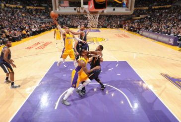 LOS ANGELES, CA - DECEMBER 27: Jordan Clarkson #6 of the Los Angeles Lakers goes up for a lay up against the Utah Jazz on December 27, 2016 at STAPLES Center in Los Angeles, California. NOTE TO USER: User expressly acknowledges and agrees that, by downloading and/or using this Photograph, user is consenting to the terms and conditions of the Getty Images License Agreement. Mandatory Copyright Notice: Copyright 2016 NBAE (Photo by Andrew D. Bernstein/NBAE via Getty Images)