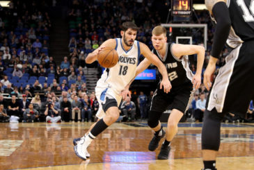 MINNEAPOLIS, MN -  MARCH 21: Omri Casspi #18 of the Minnesota Timberwolves drives to the basket against the San Antonio Spurs on March 21, 2017 at Target Center in Minneapolis, Minnesota. NOTE TO USER: User expressly acknowledges and agrees that, by downloading and or using this Photograph, user is consenting to the terms and conditions of the Getty Images License Agreement. Mandatory Copyright Notice: Copyright 2017 NBAE (Photo by Jordan Johnson/NBAE via Getty Images)