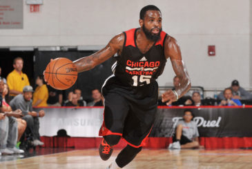 LAS VEGAS, NV - JULY 15: Ramon Galloway #15 of the Chicago Bulls handles the ball against the Cleveland Cavaliers during the 2015 NBA Las Vegas Summer League game on July 15, 2015 at The Cox Pavilion in Las Vegas, Nevada.  NOTE TO USER: User expressly acknowledges and agrees that, by downloading and or using this Photograph, user is consenting to the terms and conditions of the Getty Images License Agreement. Mandatory Copyright Notice: Copyright 2015 NBAE (Photo by Bart Young/NBAE via Getty Images)
